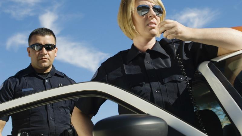 TLMD-policia-shutterstock_145354936