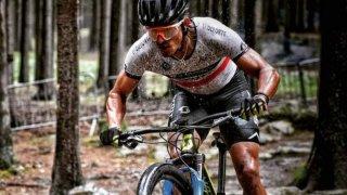 El ciclista mexicano Gerardo Ulloa en su bicicleta