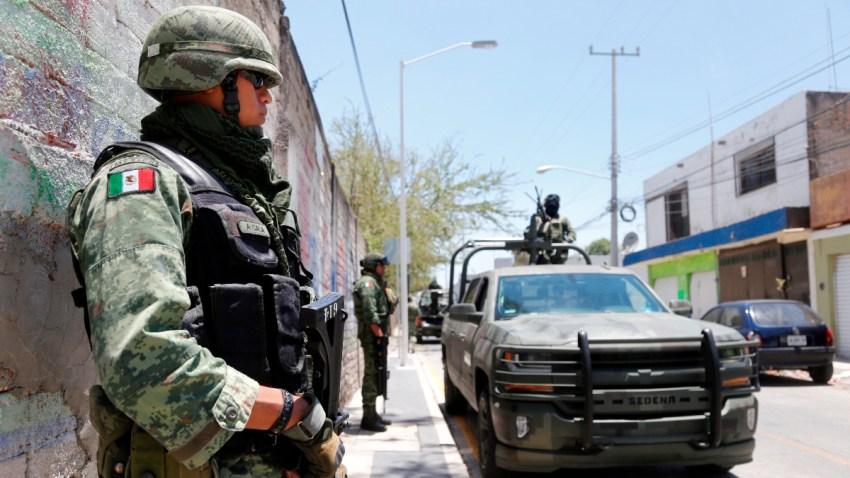 Guardia militar vigila población de Jalisco