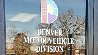 Una oficina del DMV en Denver.