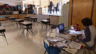 Escuelas de condado Pima publican protocolos para el regreso a clases presenciales