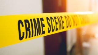 Hallan a mujer asesinada en casa al norte de Phoenix; rescatan a sus tres hijos