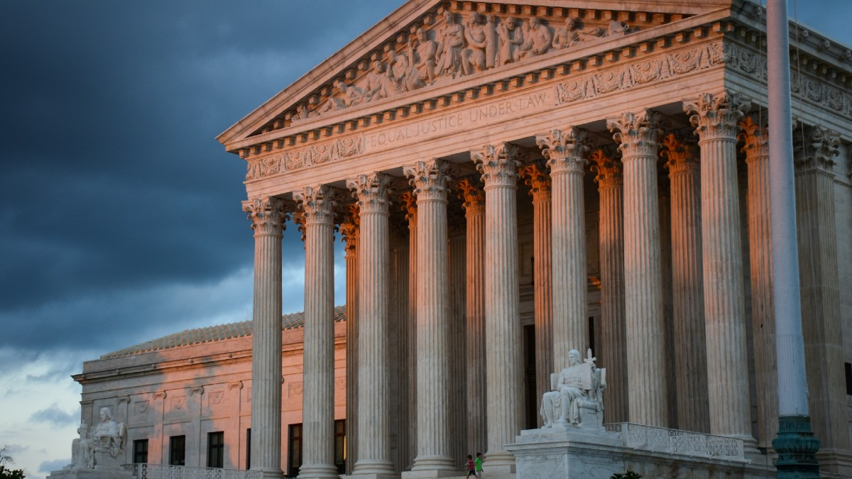 US Supreme Court maintains voting restrictions in Arizona and rules that they are not discriminatory