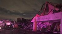 Las autoridades confirmaron que un tornado tocó tierra este domingo y avanzó por calles y vecindarios del norte de Dallas y hasta los límites de Richardson...