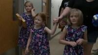 Mira aquí cómo un dispositivo cambió la vida de tres niñas con déficit auditivo