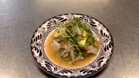 Así este platillo emblemático de la cocina peruana adquiere un peculiar toque de México. ¿Te animarías a probarlo?
