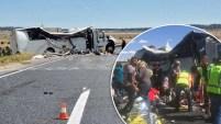 Al menos cuatro personas murieron en este accidente de autobús.