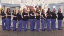 Insólito: 11 enfermeras de una sala de partos están embarazadas