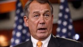 Confrontan a Boehner por reforma