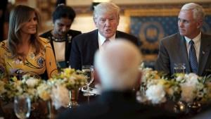 Sondeo: mayoría desaprueba la gestión de Trump