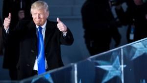 Trump deroga una ley que protegía a mujeres trabajadoras