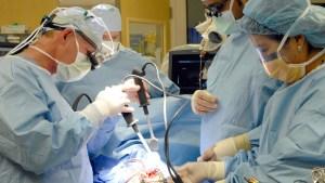 """Cómo evitar costosas """"sorpresas"""" en cuentas de hospital"""