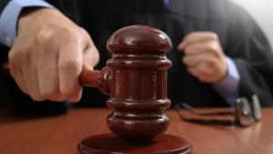 Juez de Inmigración le da duro revés a medida de Trump