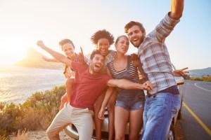 Los amigos, el analgésico natural más potente