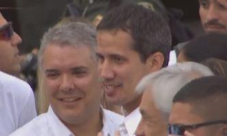 Juan Guaidó ignora orden de Maduro y cruza a Cúcuta
