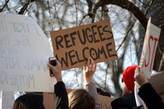 Contemplan abrir centro de detención de migrantes en Utah