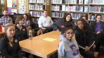 Aumentaron hispanos graduados en distrito de Denver