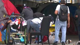 LAPD desalojaría a indigentes de zonas de riesgo de incendio