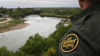 Agente fronterizo acusado de mentir sobre ciudadanía
