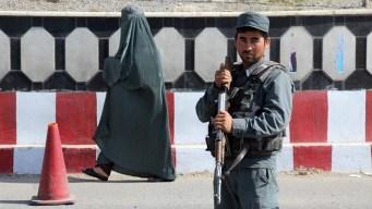 Salvaje ataque talibán deja al menos 18 muertos