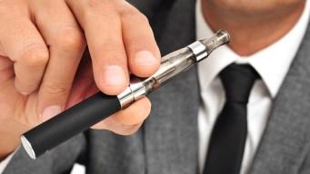 Le explota un cigarrillo electrónico en la cara en Utah