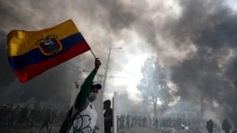México abre su embajada en Ecuador a 6 personas