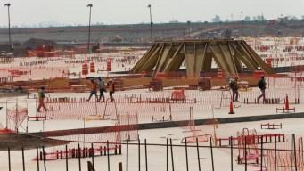 Equipo de AMLO alista consulta sobre aeropuerto