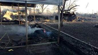 Fuego de maleza destruye 12 casas en condado El Paso