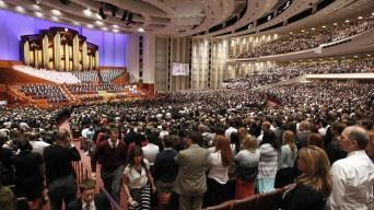 La Iglesia de Jesucristo afloja posturas pero no del café