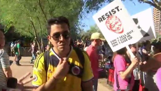 [TLMD - AZ] Comunidad dividida por visita de Trump a Arizona