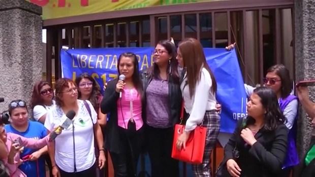 El Salvador: exoneran a mujer violada que sufrió aborto