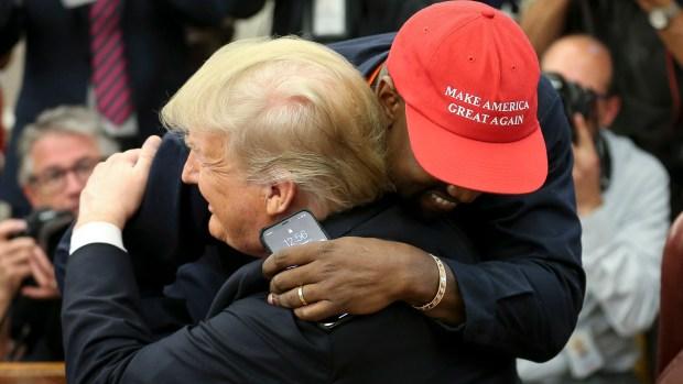 Rapero Kanye West se reúne con el presidente Trump