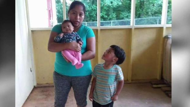 [TLMD - AZ] Madre migrante en periodo de lactancia es separada por ICE de su bebé
