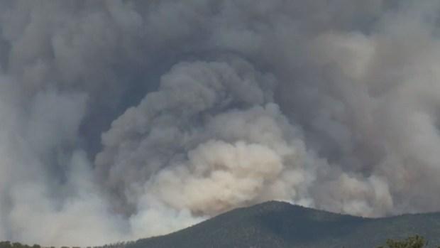 Destrucción por las llamas que consumen a Colorado
