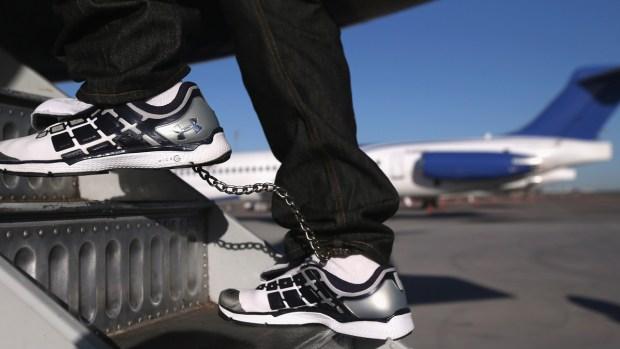 Deportaciones rápidas: qué son y cómo se aplican