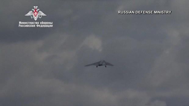"""[TLMD - LV] Rusia muestra su enorme dron """"fantasma"""""""