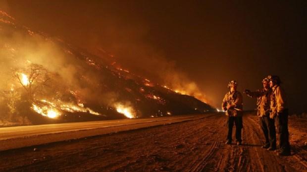 [TLMD - LV] Más de 100 prisioneros de Nevada son enviados para combatir incendios