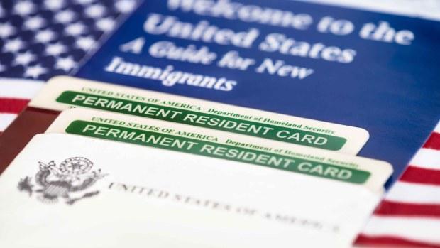 """Los cambios para obtener una """"green card"""", según el propio Trump"""