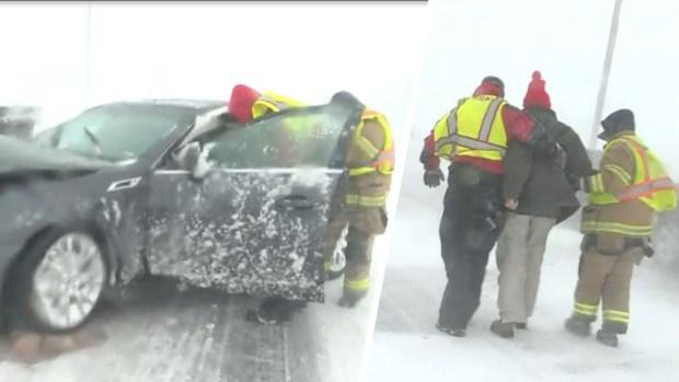[TLMD - Denver] Rescatan a persona accidentada en medio de tormenta