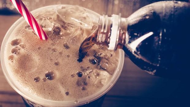 Los peligros ocultos de las sodas dietéticas