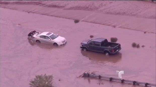 Video: Severas inundaciones azotan a Arizona