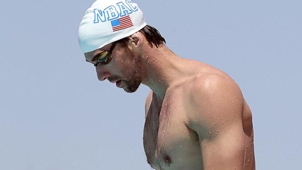 Video: Phelps se disculpa por conducir ebrio