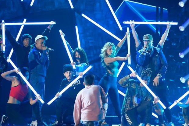 [TLMD - NATL] Una probadita: ensayos de los Premios Billboard