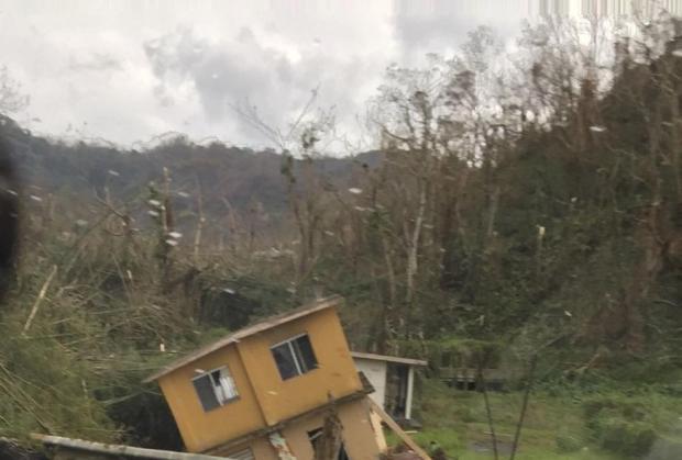 María se aleja hacia el norte pero otro huracán se forma