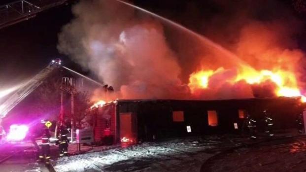 [TLMD - Denver] Declaran pérdida total armería en Englewood tras fuerte incendio
