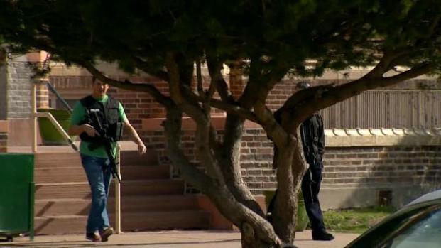 Encuentran pistolas en Skinner Middle School