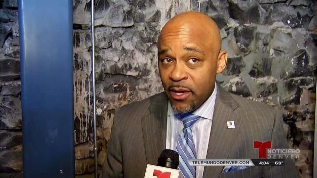 Alcalde Hancock defiende a Denver ante el federal