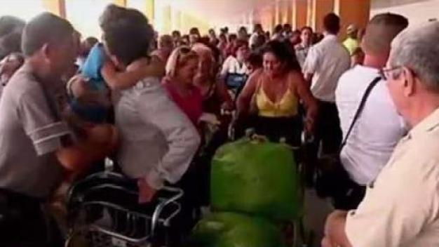 Miles de cubanos solicitan repatriación