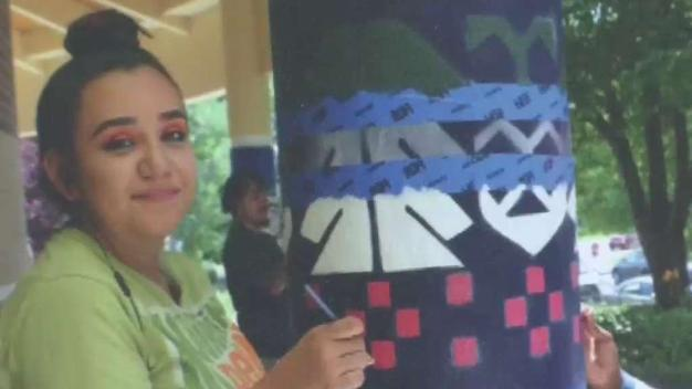 Selena Ramírez le pone todo su talento hispano al arte