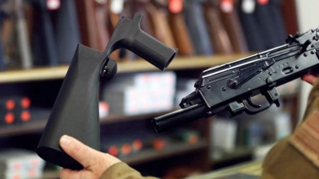 Residentes de Denver toman acción para el control de armas